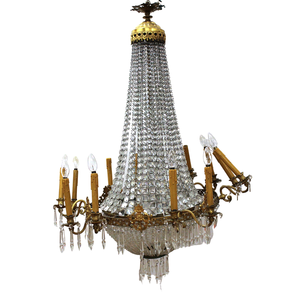 GRANDE LAMPADARIO – GREAT CHANDELIER